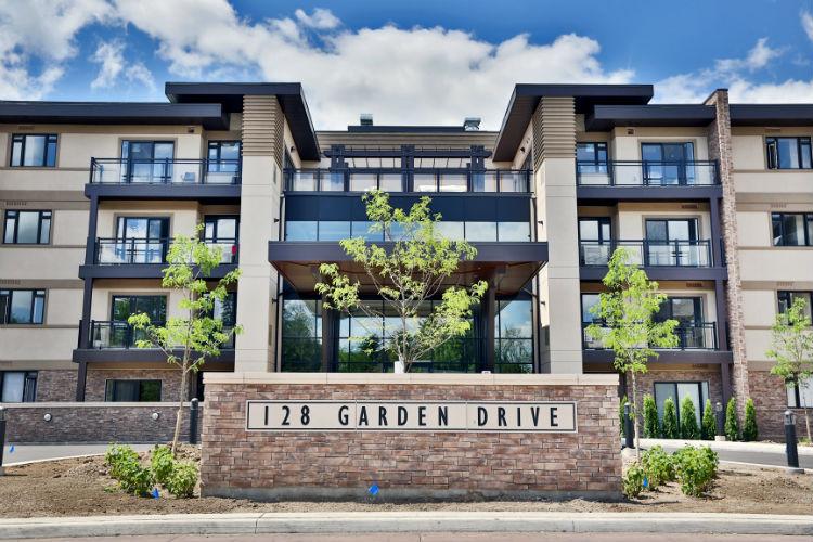 Wyndham Place 128 Garden